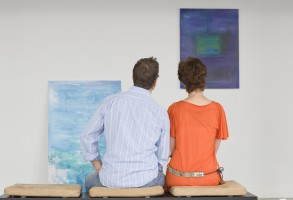 shutterstock_art_gallery_couple_cropped